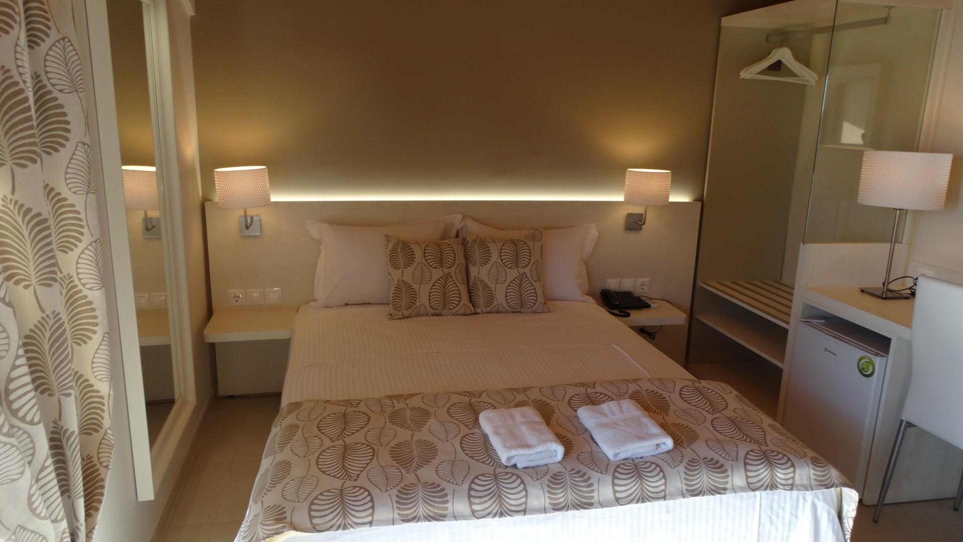 Ξενώνας πανσιόν Αθως, Ενοικιαζόμενα δωμάτια, ξενοδοχείο, Άγιο όρος, Ουρανούπολη, Χαλκιδική-0014